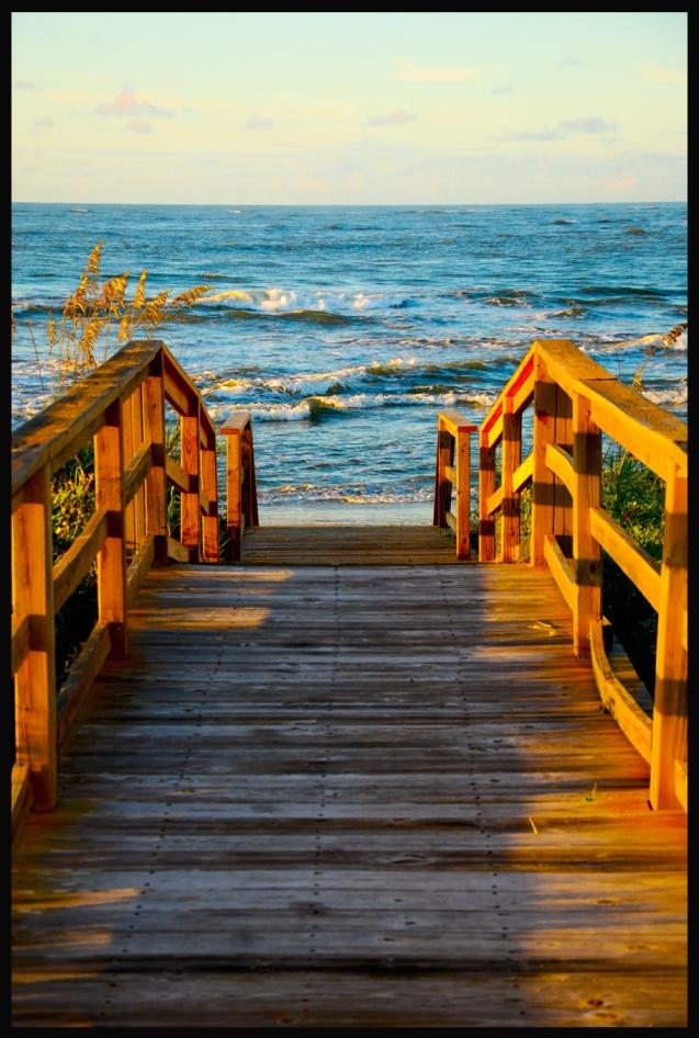 colorful_beach walk